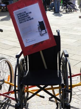 """Journée d'actions """"Des Bâtons dans les roues"""" 27septembre2011"""